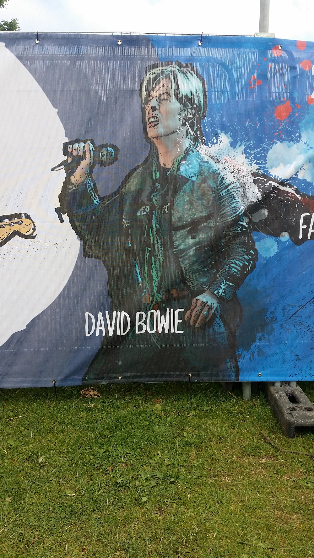 David Bowie Tribute at the IOW Festival